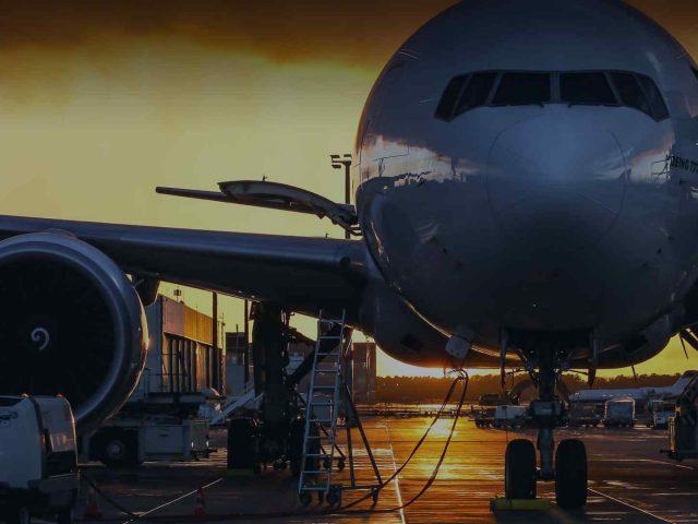 plane_-640x480.jpg
